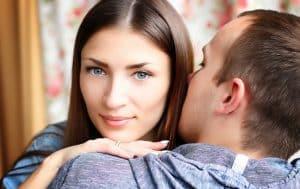 Séduire une femme en couple
